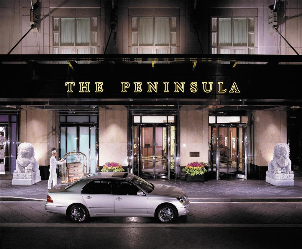 Francois Illas New Tradition: 10th Anniversary Of The Chocolate Bar At Peninsula Chicago